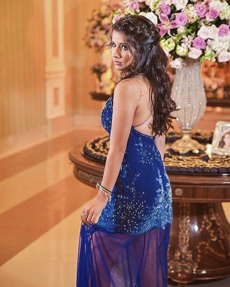 82 - Vestido azul royal de renda degradê com cristais Swarovski