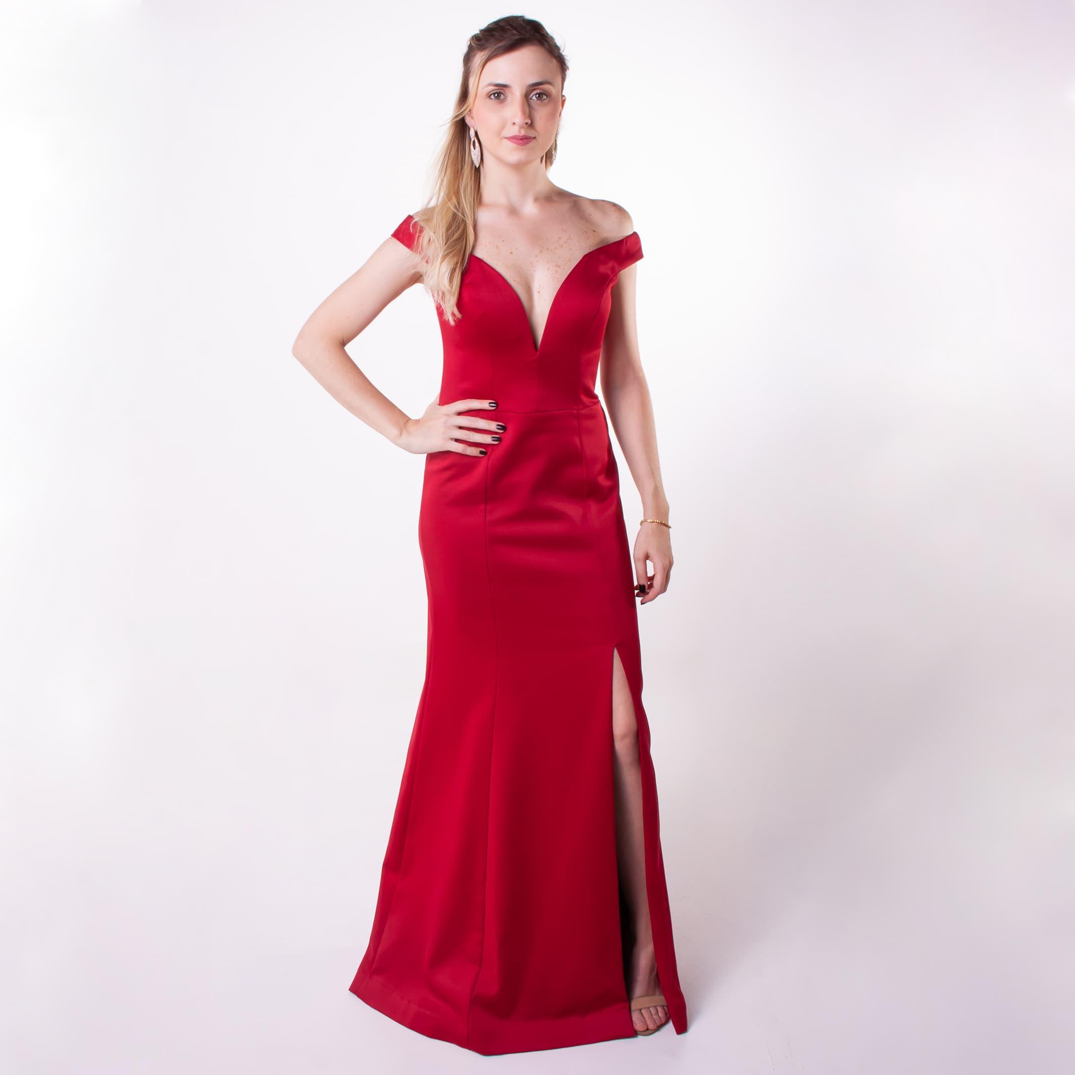 34 - Vestido vermelho sereia com fenda