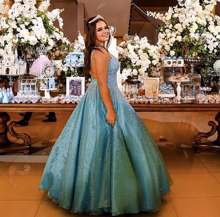 113 - Vestido de valsa azul tiffany bordado em cristais Swarovski