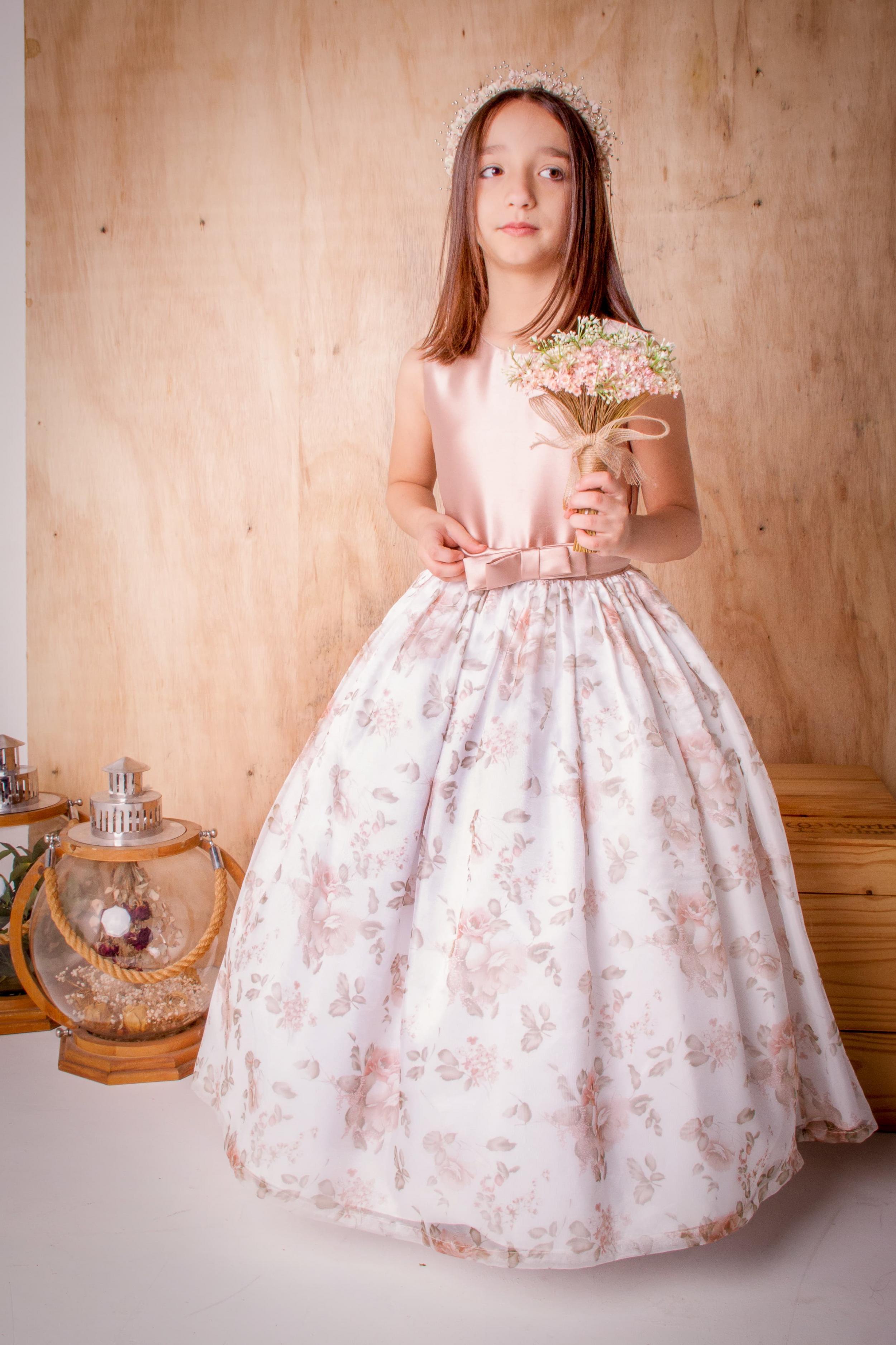38 - Vestido estampado com cintinho estilo Dior
