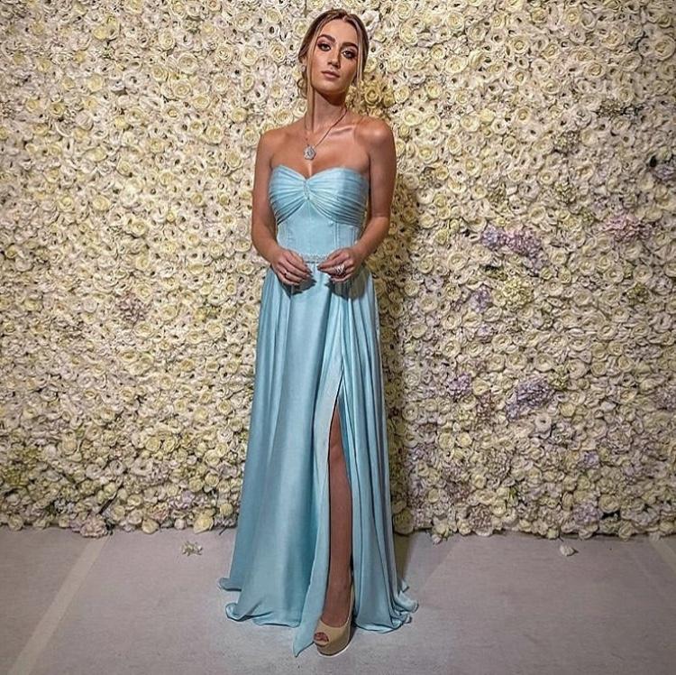109 - Vestido azul serenity sem alças com fenda