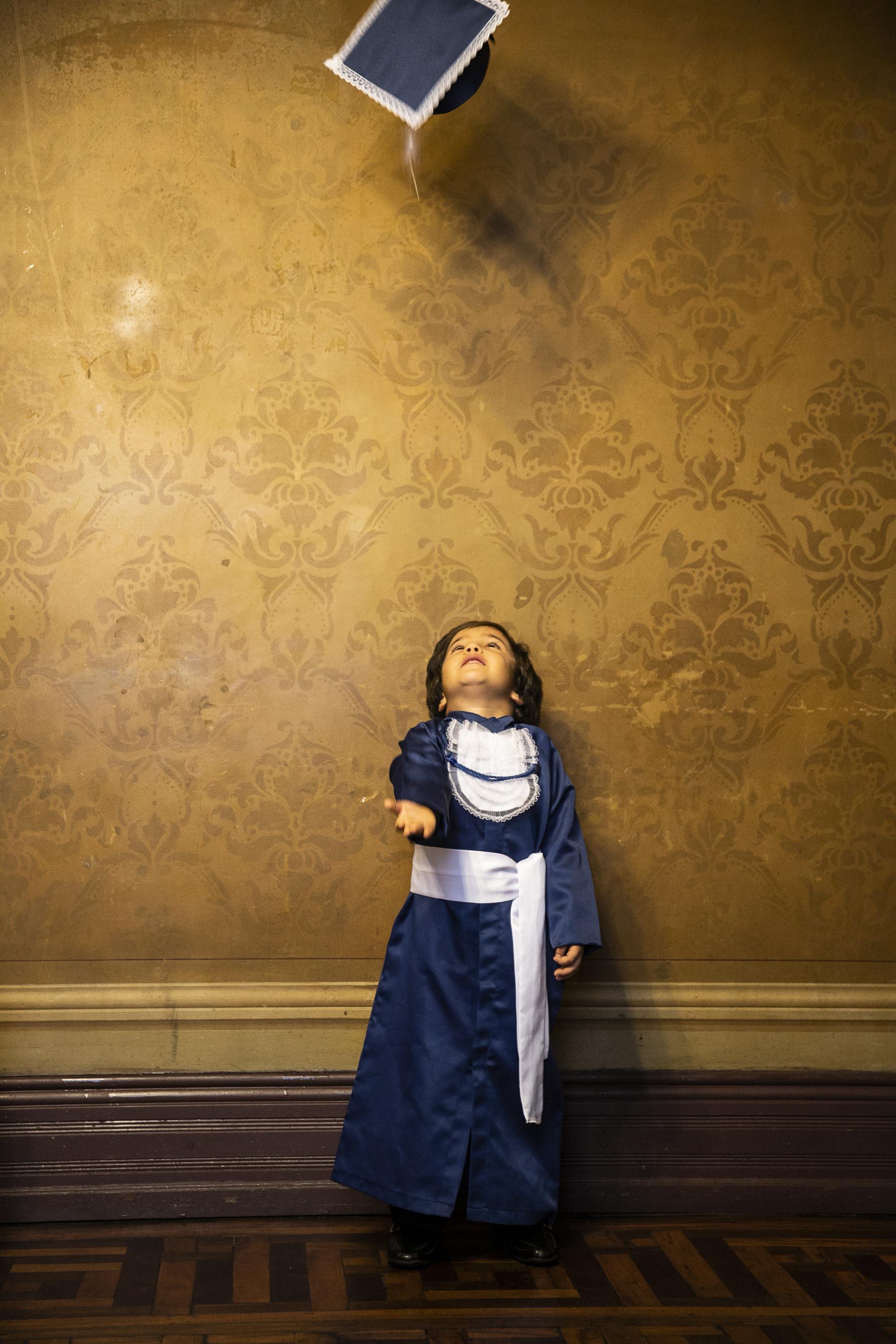 4 - beca infantil azul marinho com capelo