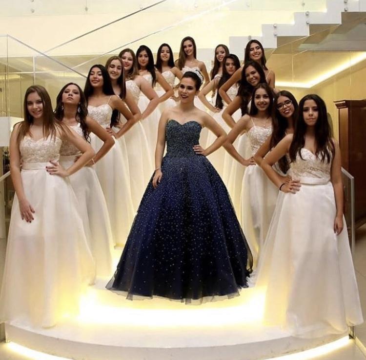 99 - Vestido de valsa azul marinho com cristais e vestido 15 damas offwhite