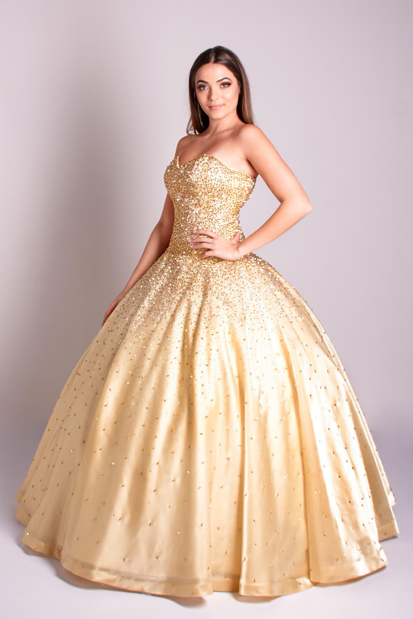 20 - Vestido dourado bordado à mão em cristais dourados