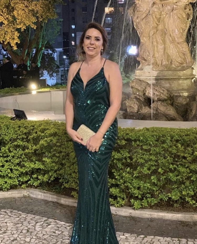 93 - Vestido verde bandeira de paetês