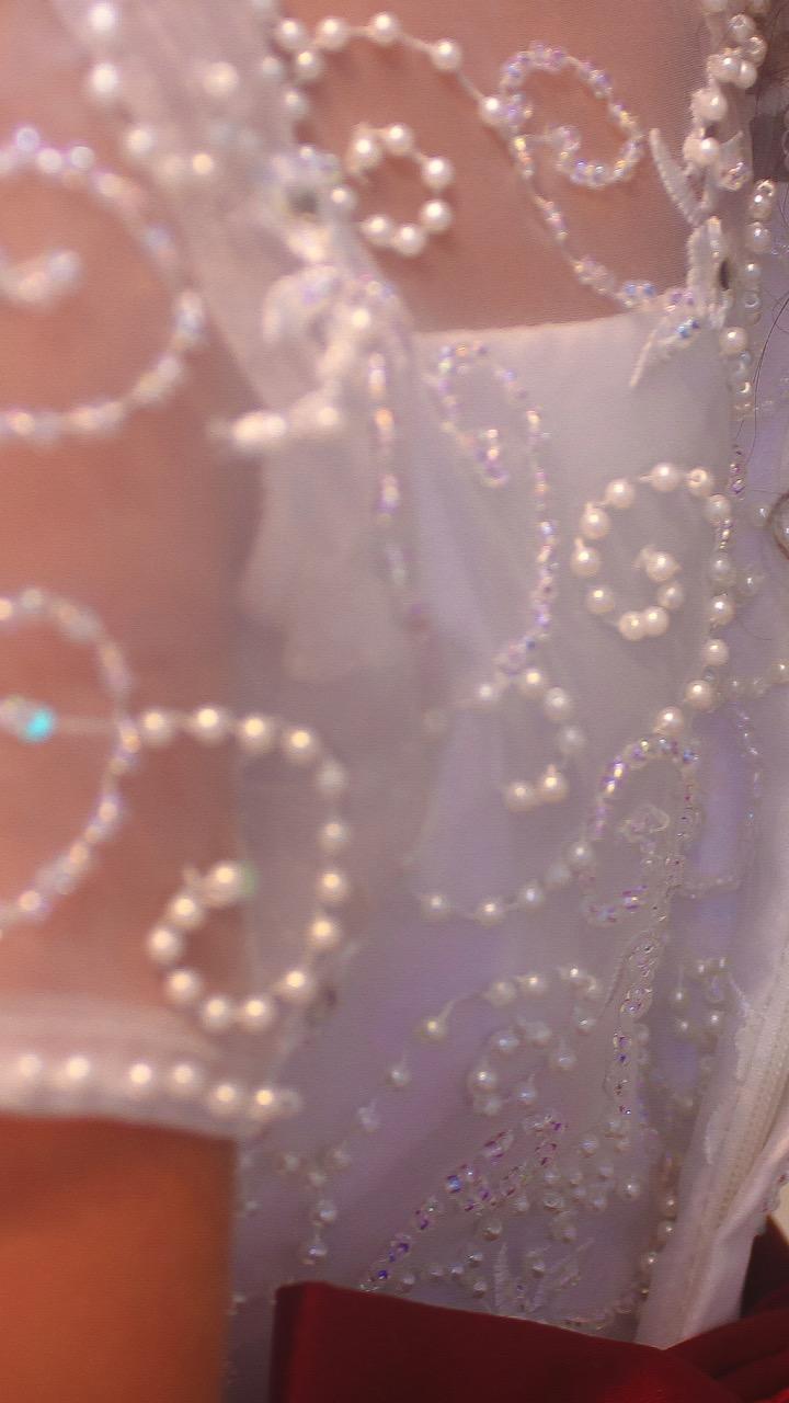 22 - Vestido daminha de renda branca bordada