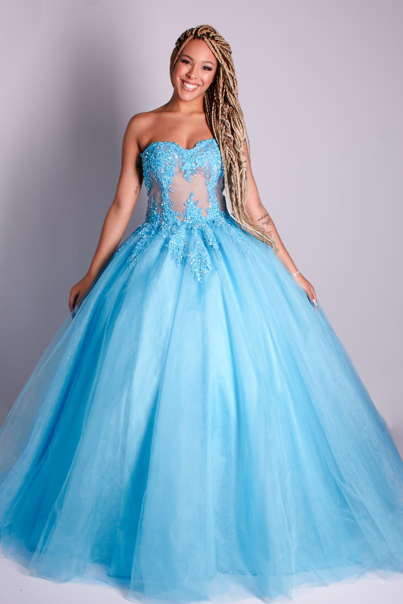 112 - Vestido de valsa tiffany de renda com cristais e saia de tule