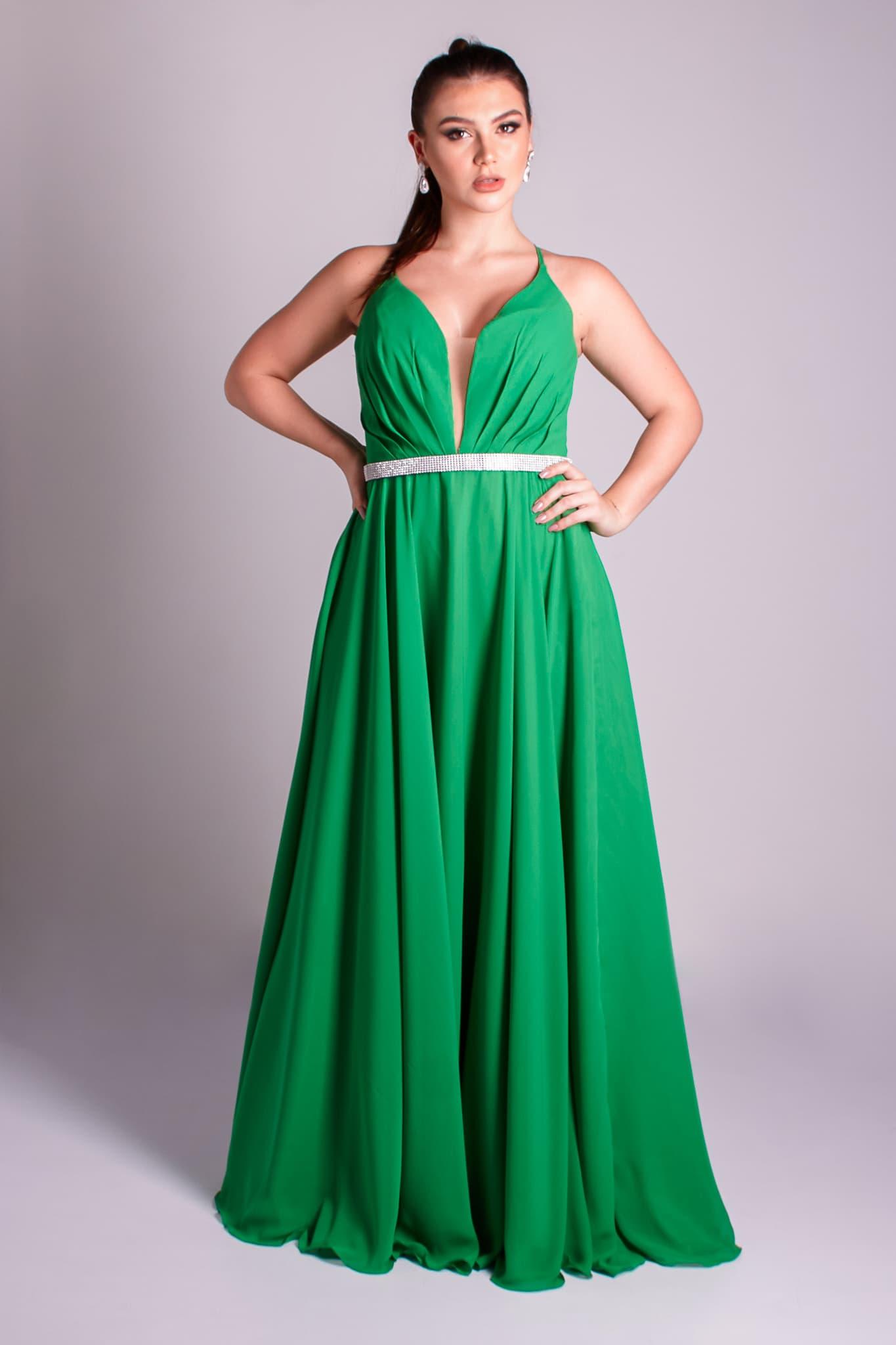 15 - vestido verde esmeralda fluido trançado nas costas