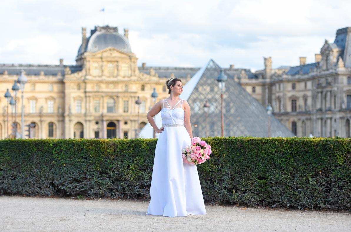 38 - Vestido de noiva clean com cintinho bordado