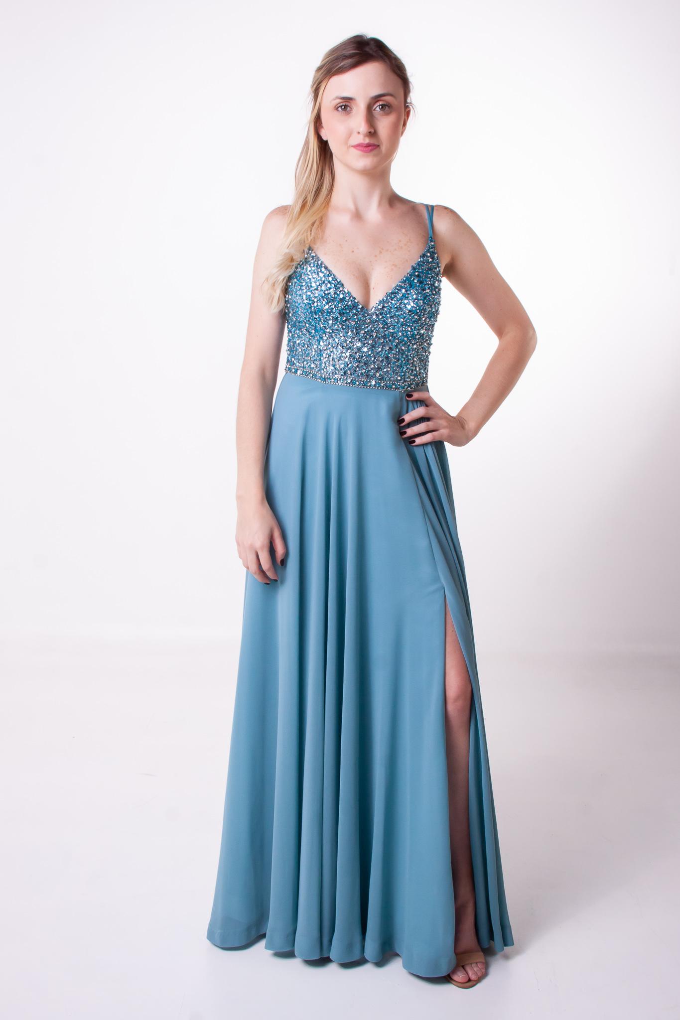 52 - Vestido azul serenity com brilho e fenda