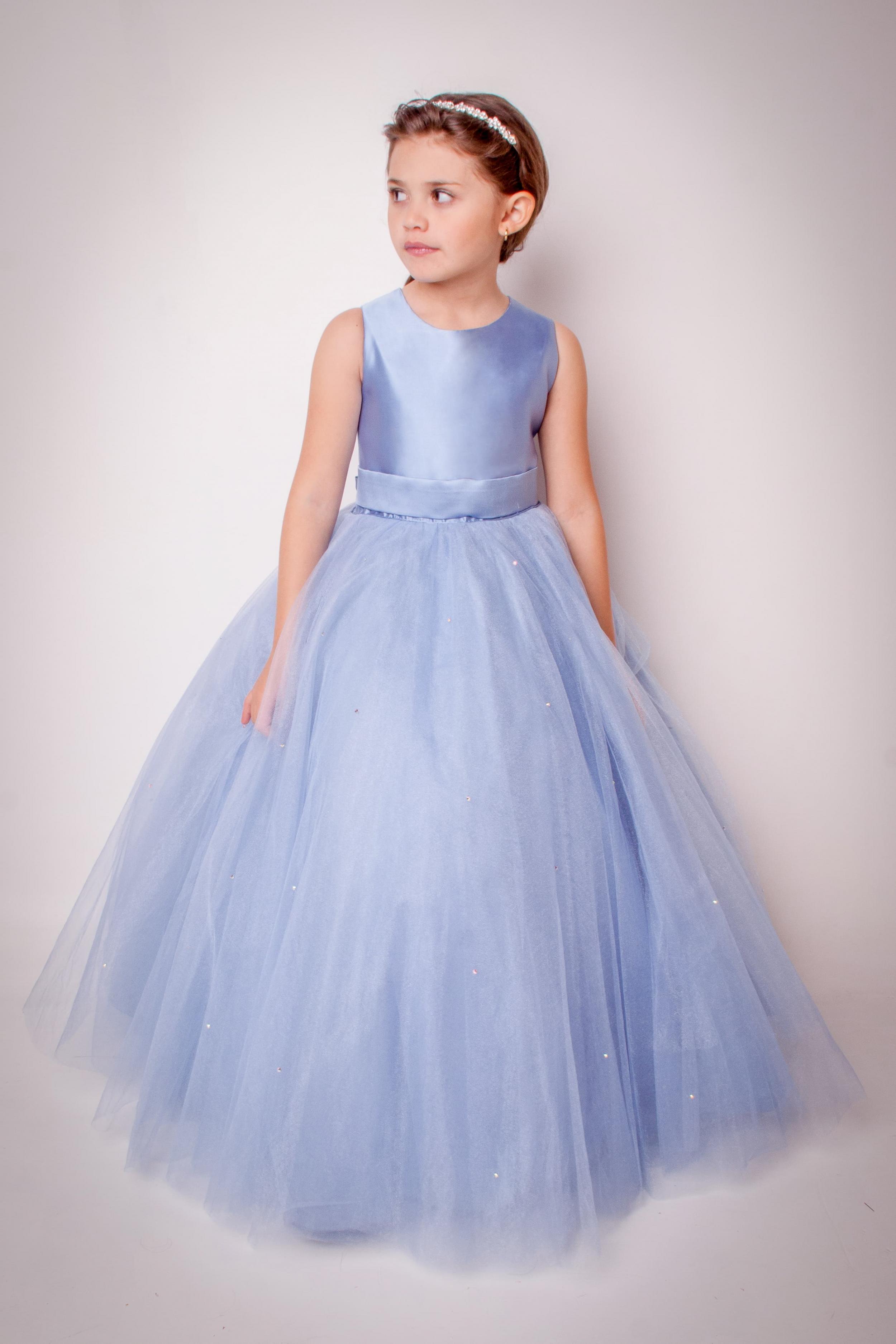 15 - Vestido de renda azul serenity saia de tule com cristaizinhos