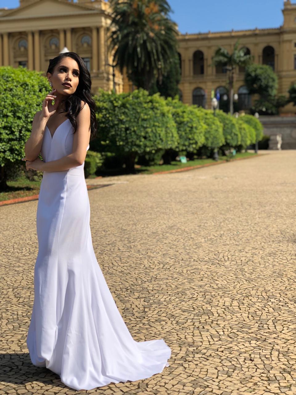 15 - Vestido de noiva branco clean de alcinha