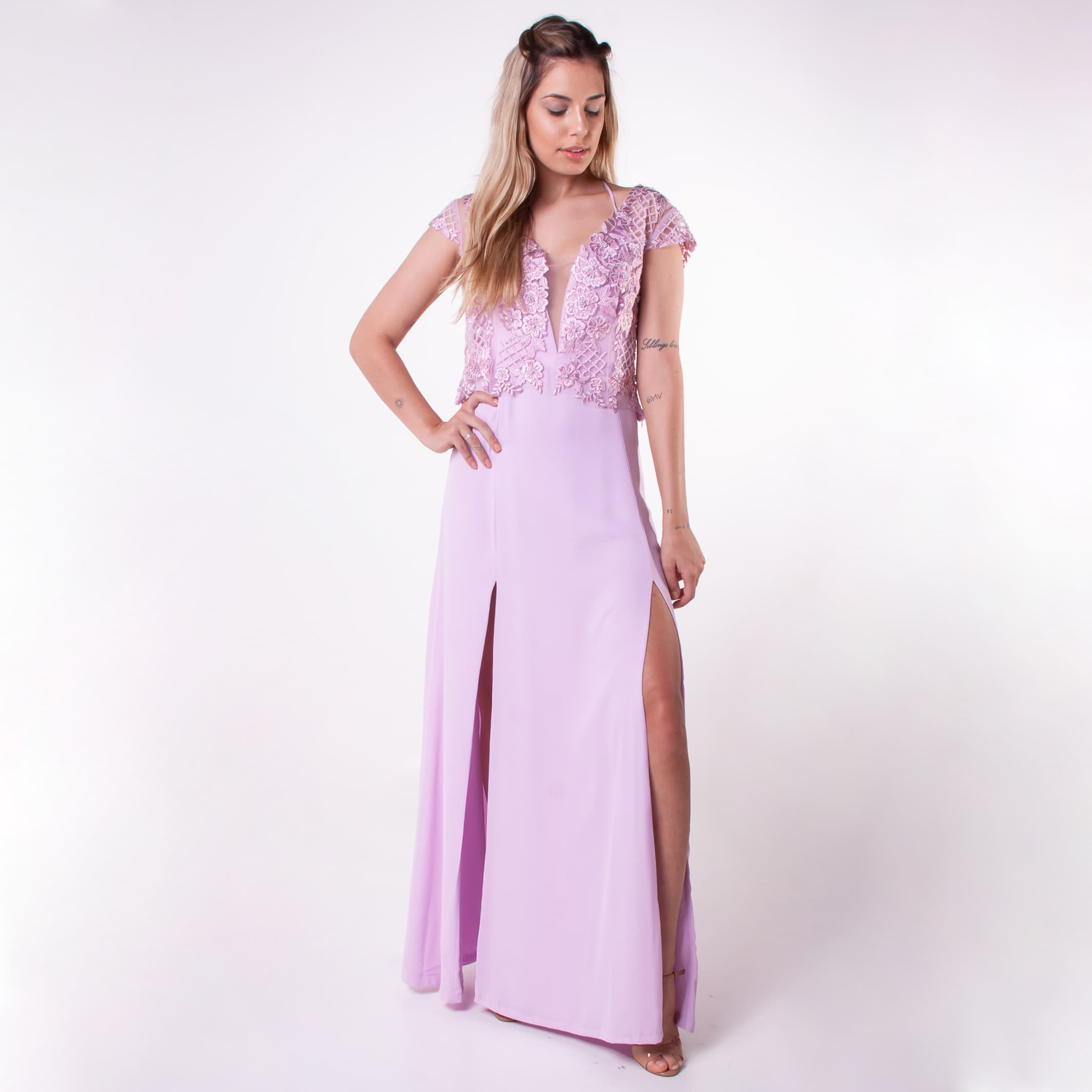 20 - vestido lilás com sobreposição de renda