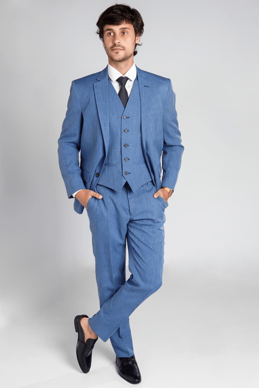 18 - Terno azul com colete