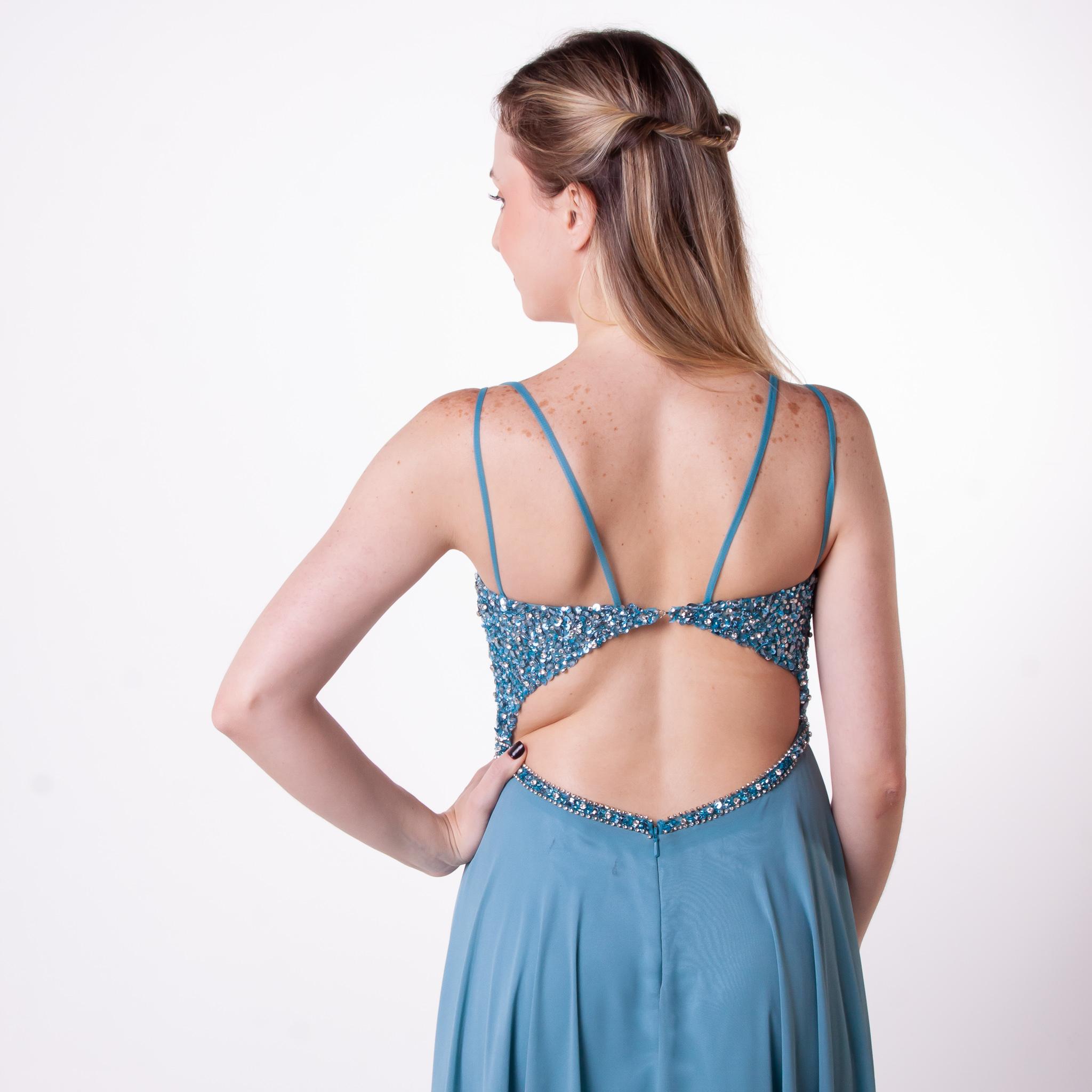 53 - vestido azul serenity com brilho e detalhe nas costas