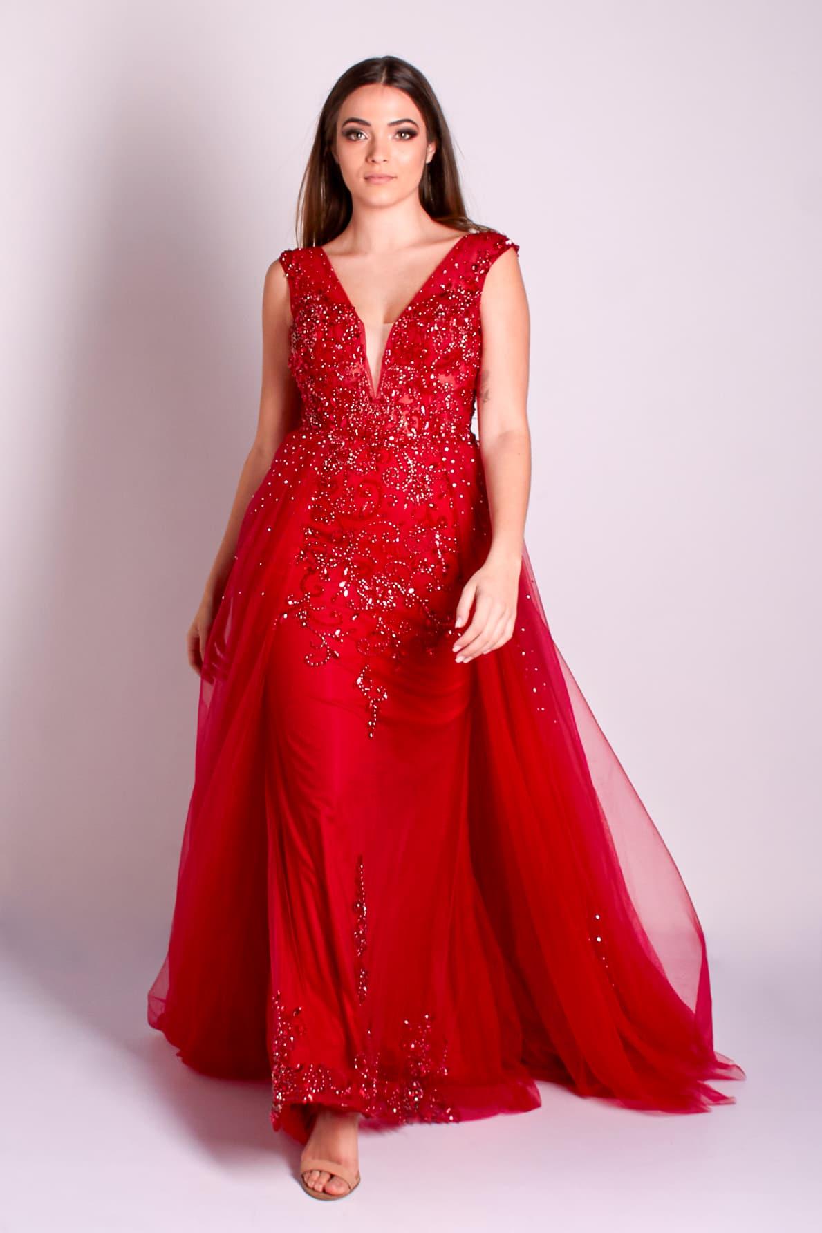 30 - vestido vermelho bordado com sobressaia e cristais