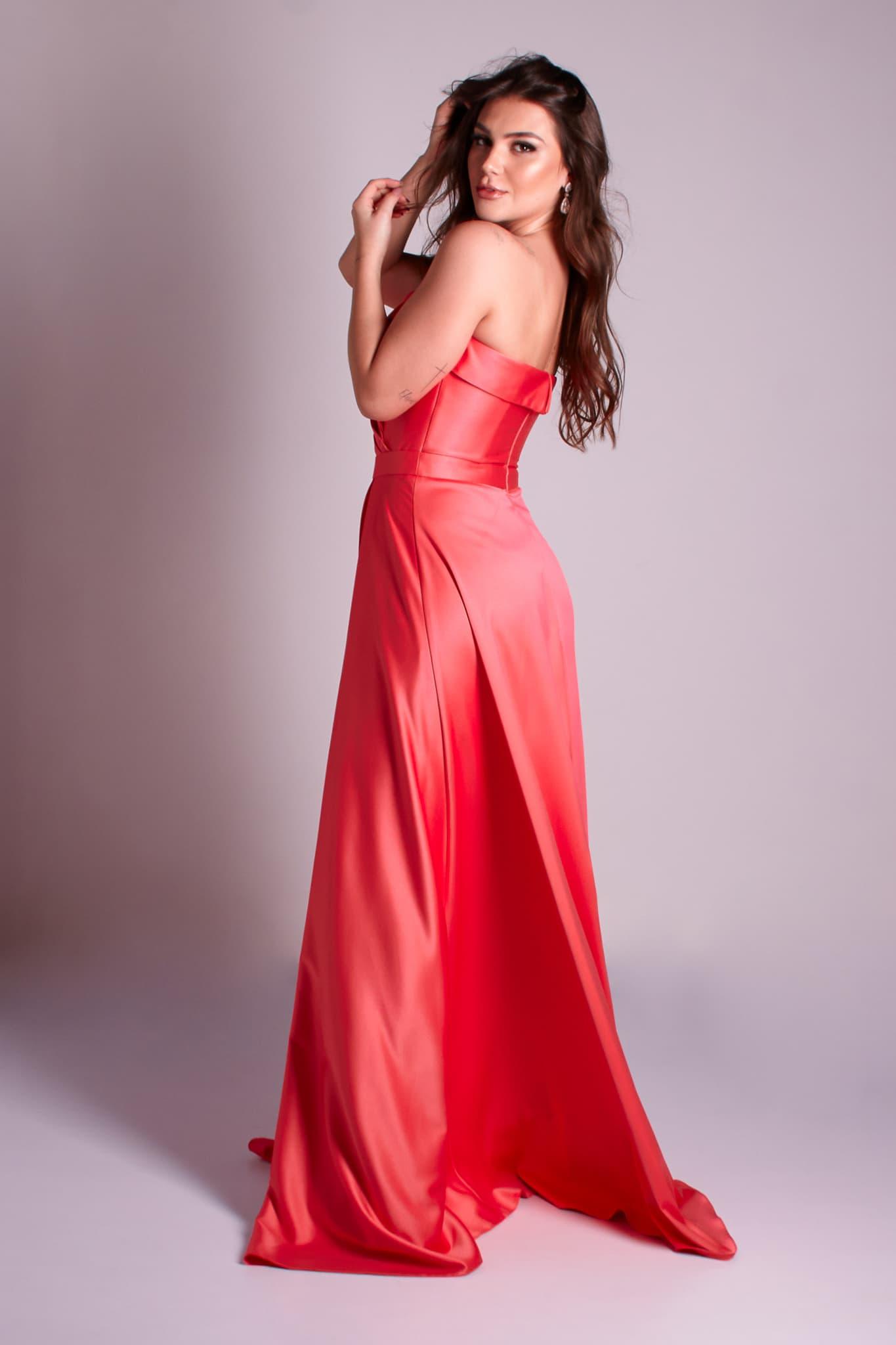 26 - vestido coral ou rosa chiclete de zibeline com fenda