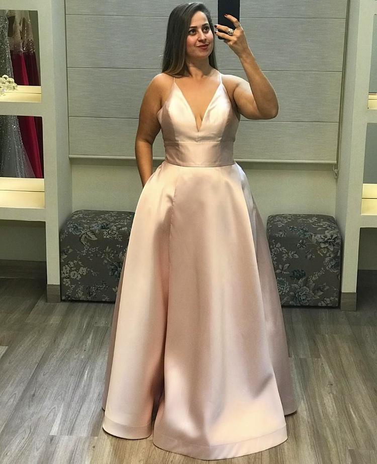 9 - Vestido rosê de alfaiataria com decote V e fenda