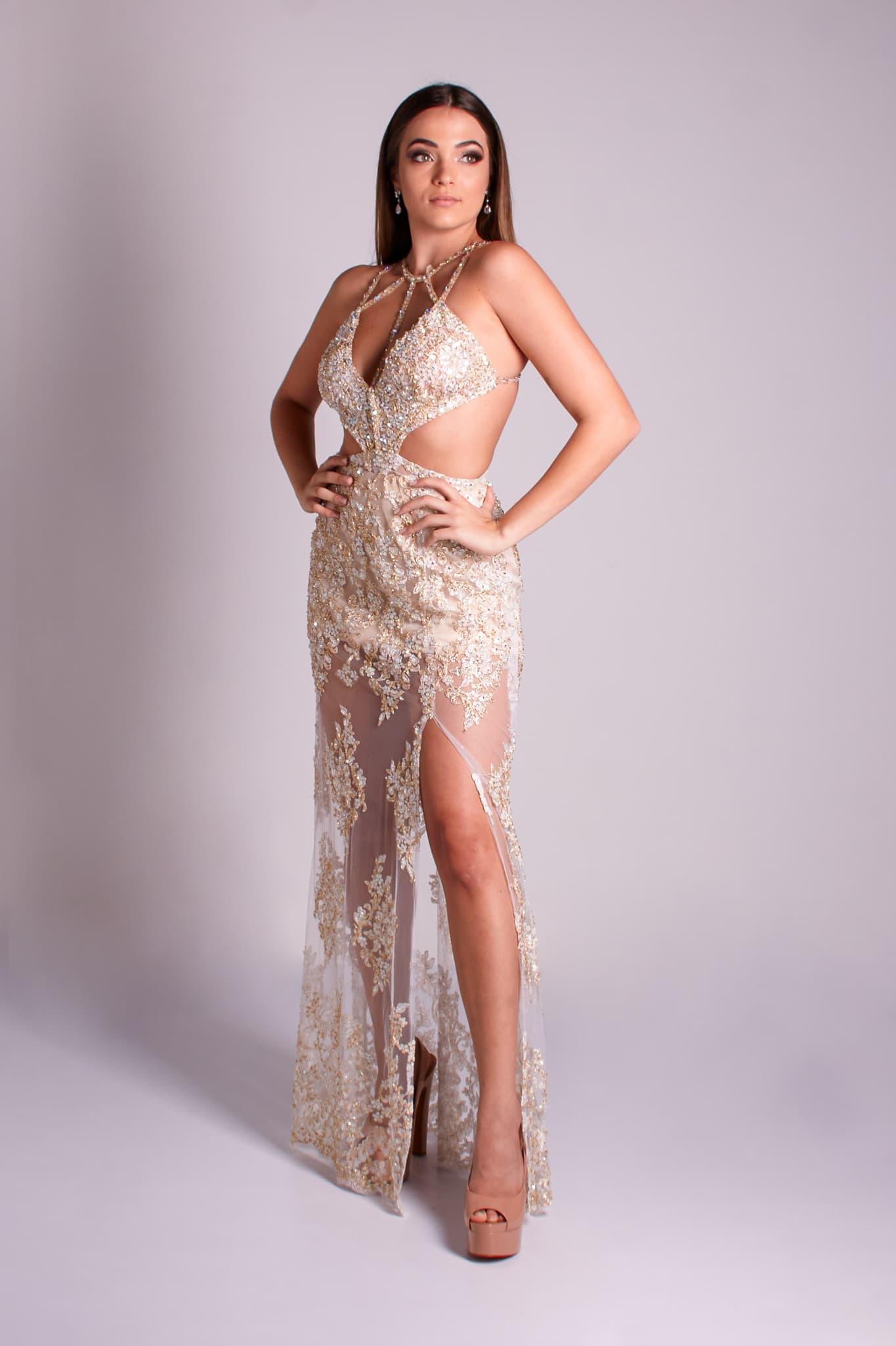 9 - vestido de tule e renda offwhite com recortes e fitas