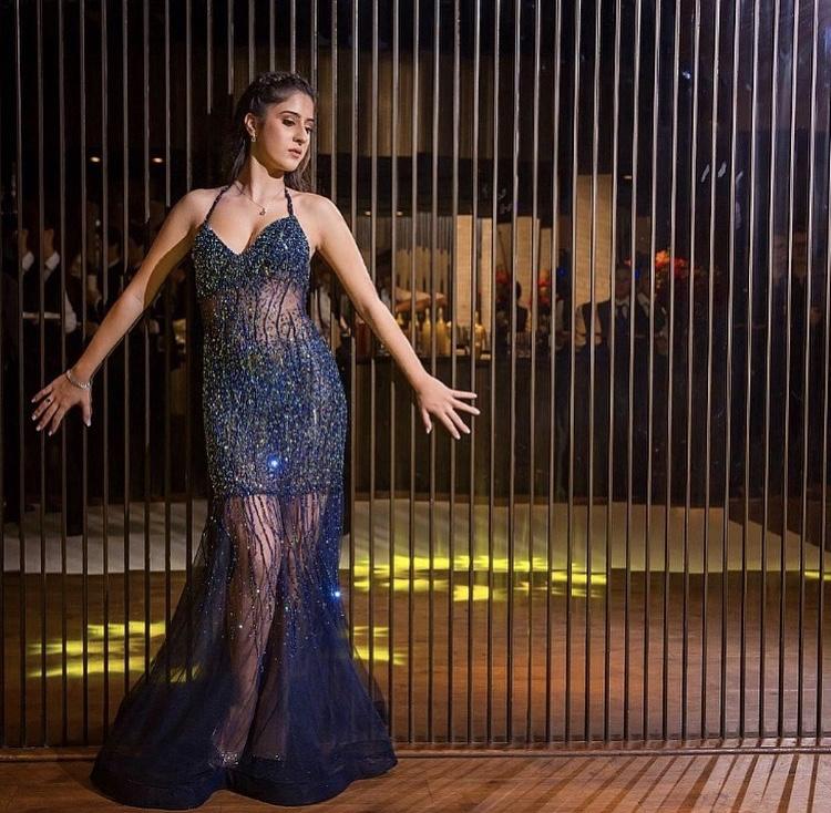 89 - Vestido de tule azul marinho com cristais Swarovski
