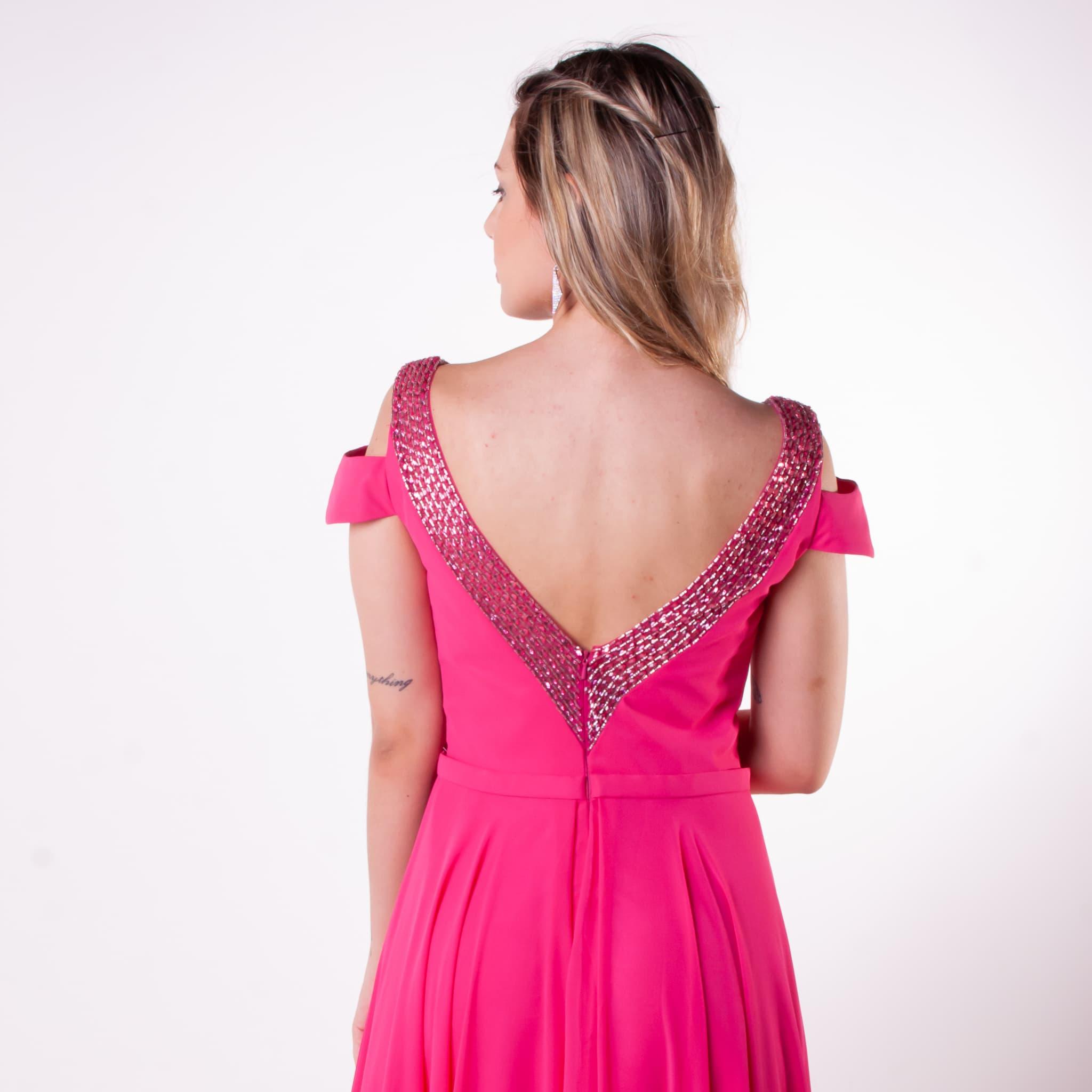29 - Vestido pink fluido com decote V nas costas